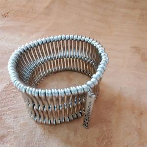 Thick silver stretch bracelet